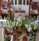 The Resurrectional icon on the decorated analogion