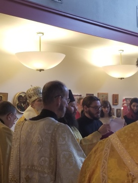 Philip demonstrates his candidacy by chanting a selection of prayers and troparia. Phot courtesy of Joanna Slinkert.